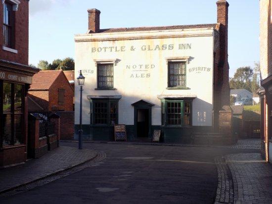 Dudley, UK : fancy a pint