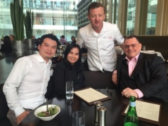 Glass Brasserie: The pleasure to meet with Luke