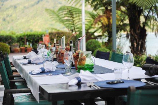 Anakiwa, New Zealand: Exterior Dinner Terrace.