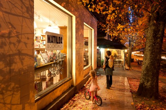 Stirling, Austrália: A must for book lovers of all ages!