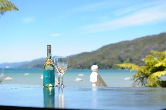Anakiwa, นิวซีแลนด์: exterior sun terrace