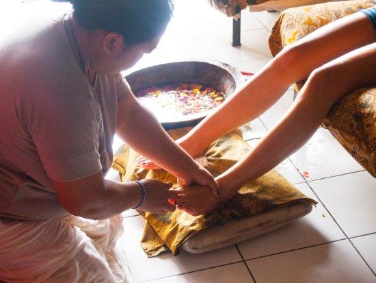 Lovina Beach, Endonezya: Herbal foot bath