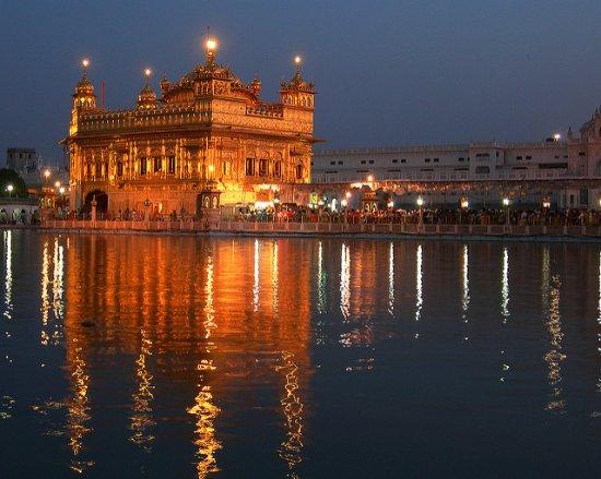 De Gouden Tempel - Harmandir Sahib: Harmandir Sahib, Evening view
