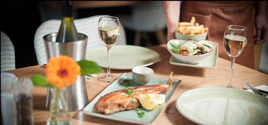 Heiloo, Paesi Bassi: Verse vis staat ook op het menu!