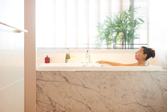 Emporium Hotel: Emporium Suite Bath