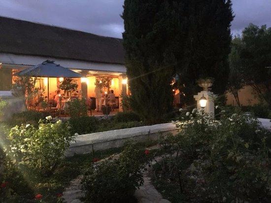 McGregor, جنوب أفريقيا: Lit verandah from the gardens