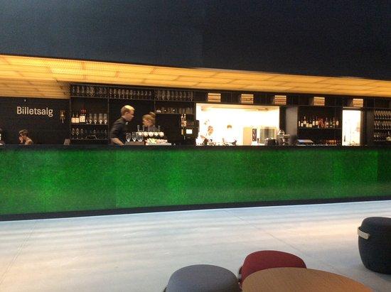 Hjoerring, Δανία: Den smukke barfacade er skabt af brugte ølflasker