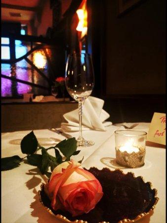 Namaskaar: Valentine Tisch