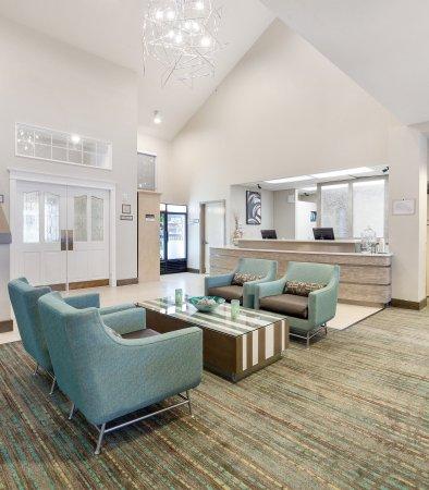 Residence Inn Portland Hillsboro: Front Desk
