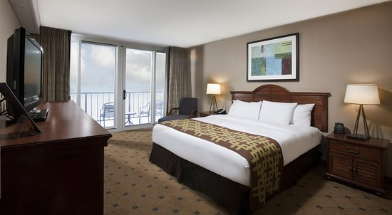 Royale Palms Condominiums by Hilton