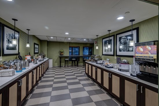 Monroeville, PA: Dining Bar Area