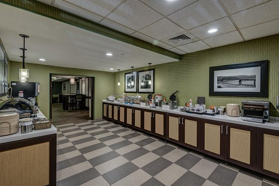 Monroeville, PA: Dining Area Wide