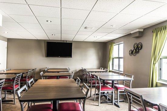 Quality Suites Quebec City: Meeting room