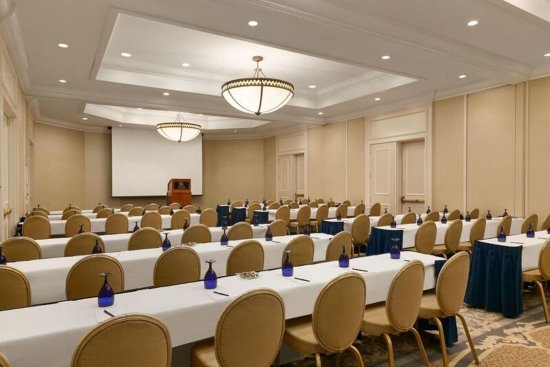 Woodcliff Lake, NJ: Groves Room