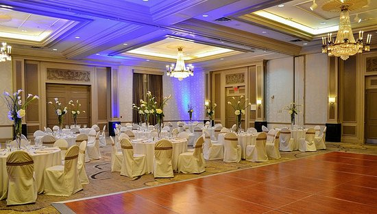 Woodcliff Lake, NJ : Grand Ballroom With Dance Floor
