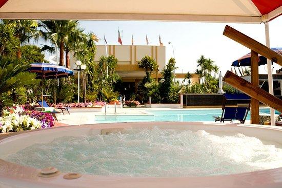 Hotel Villa (Bisceglie, Puglia): Prezzi e recensioni