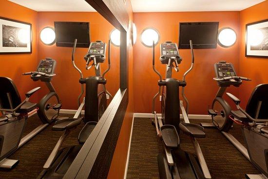 Holiday Inn Express Hotel & Suites Boston Garden: Fitness Center