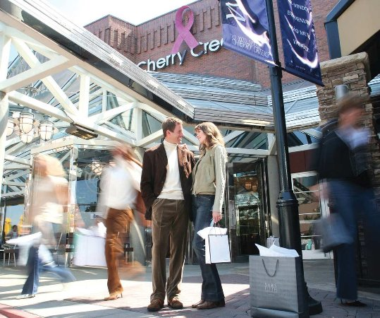 Glendale, CO: Cherry Creek Shopping Center