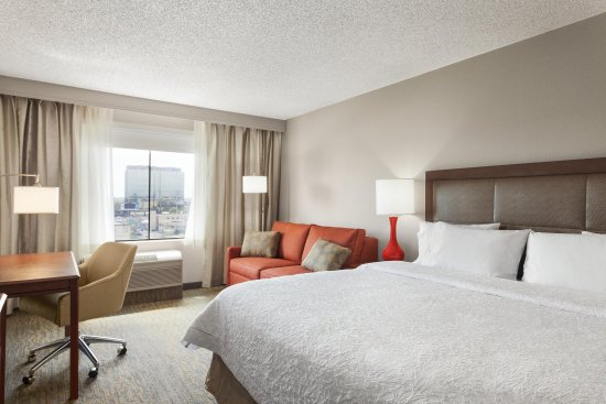 Glendale, Kolorado: 1 King Bed Study Sofa