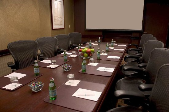 Lombard, IL: Executive Board Room
