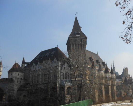 Vidam Park: Vajdahunyad Castle