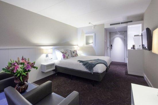 Nieuwerkerk aan den Ijssel, Nederländerna: Comfort Room with bath/shower