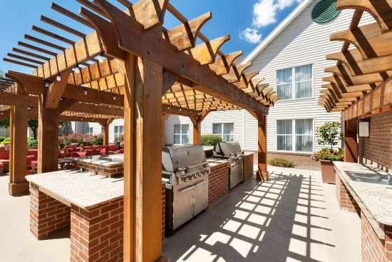 Mechanicsburg, PA: Outdoor Grill