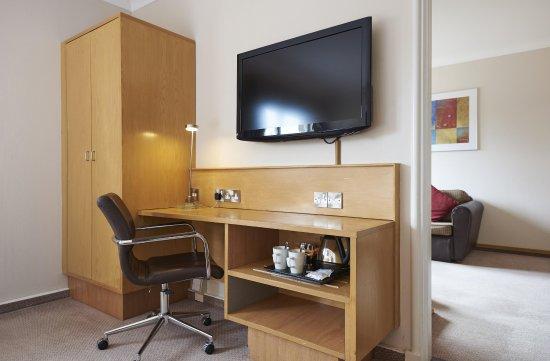 Stansted Mountfitchet, UK: Suite Desk