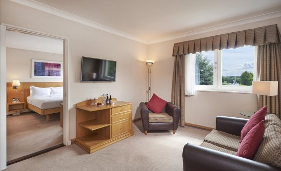 Stansted Mountfitchet, UK: Suite Hilton Guest Room