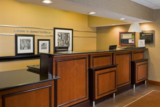 Fairlawn, Οχάιο: Front Desk