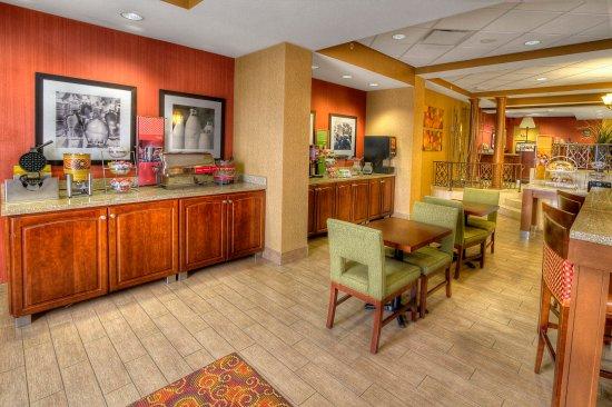 เวสต์มิฟฟลิน, เพนซิลเวเนีย: Hotel in Pittsburgh with free breakfast