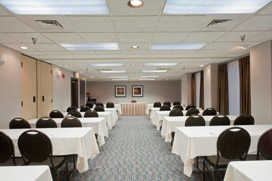 Lincolnshire, IL: Meeting Room