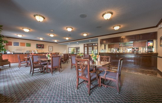Merry Acres Inn: Breakfast Area