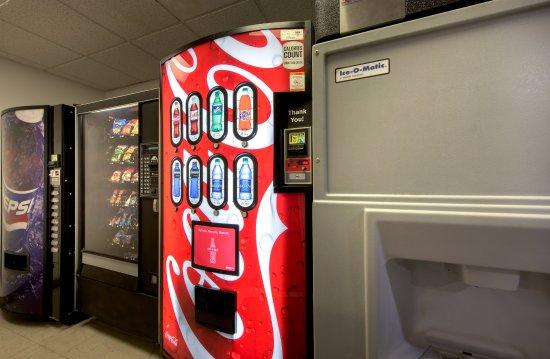 Albany, GA: Snack Area