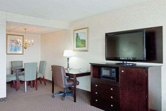 Holiday Inn Portland By The Bay: Executive Room