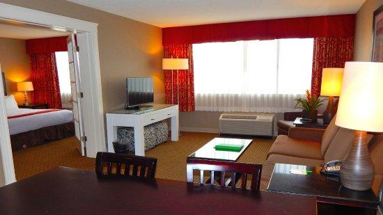 Peabody, MA: Suite