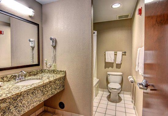 Wallace, Karolina Północna: Bathroom Amenities