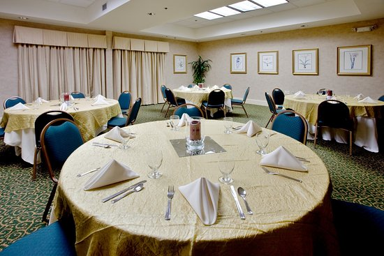 Cary, Carolina del Nord: We are the perfect setting for your Rehearsal Dinner!