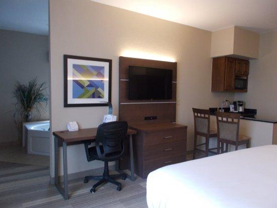 Miami, OK : Jacuzzi Suite