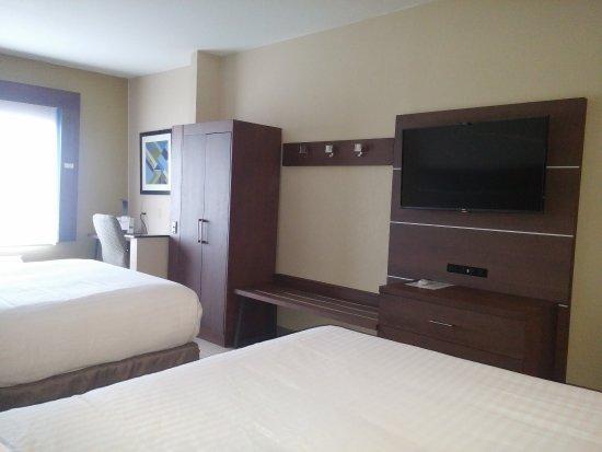 Miami, OK : Guest Room