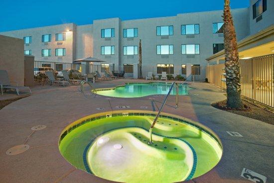 Nogales, AZ: Hotel Exterior