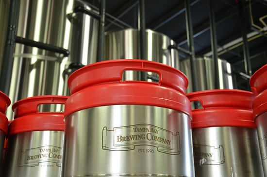 Oldsmar, FL: Tampa Bay Brewing Company offers tours of the brewery
