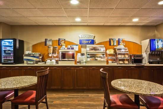 Oldsmar, FL: Complimentary Express Start Breakfast from 6:00am-10:00am daily