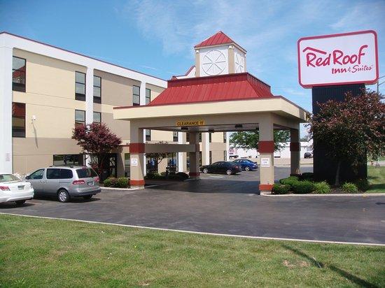 Red Roof Inn & Suites Columbus West Broad: Inn Exterior