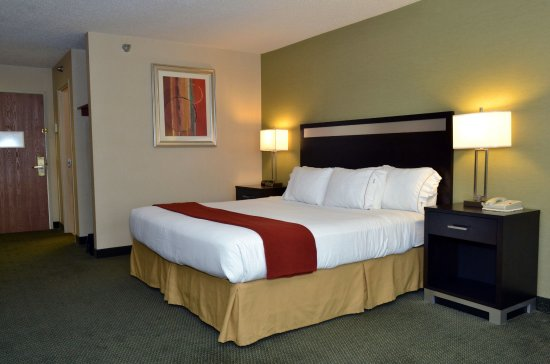 Monaca, Pensilvania: King Bed Guest Room