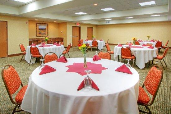 Las Vegas, NM: Banquet Room Set