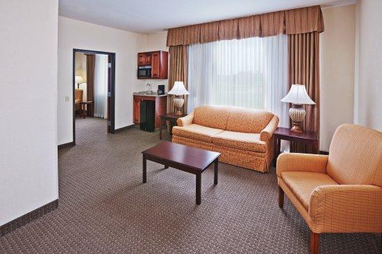 Woodward, Oklahoma: Suite