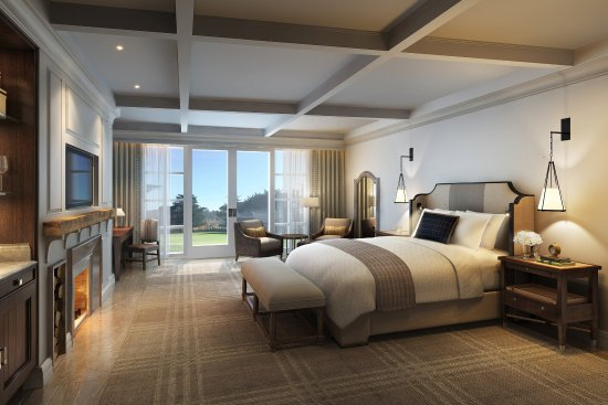 The Lodge at Pebble Beach: Fairway One Cottage King Bedroom