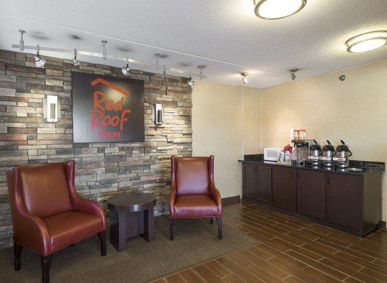 Sharonville, OH: Lobby