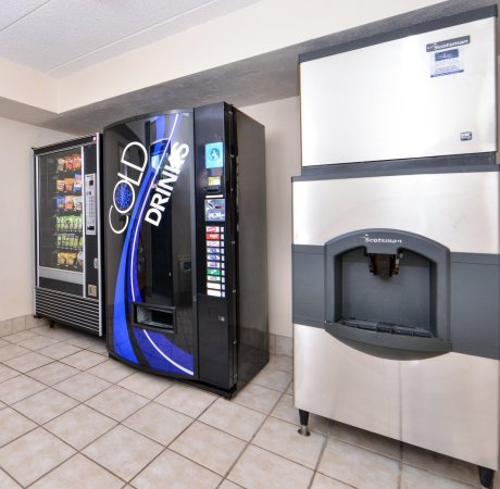 Oak Creek, WI: Vending Machines